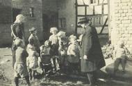 Gruppe von Kindern (Pänz) aus Vettelschoß